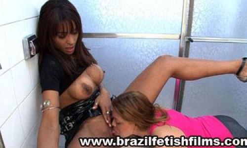 Tongue Toilet Paper 2 Brazilfetishfilms
