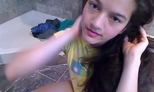 cute girl pooping freaky jessi, princess jess princess jess