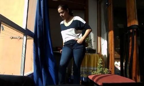 Blue Jeans Pee Big Boobs Deria