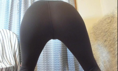 ass tease, sniff, worship in yoga pants feliciafisher