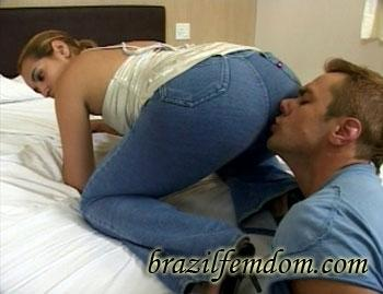 I Love Their Smelly Farts Brazilfemdom