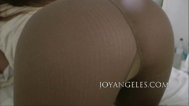 Joy Angeles April 2014 Newmodel4 Poop Collection
