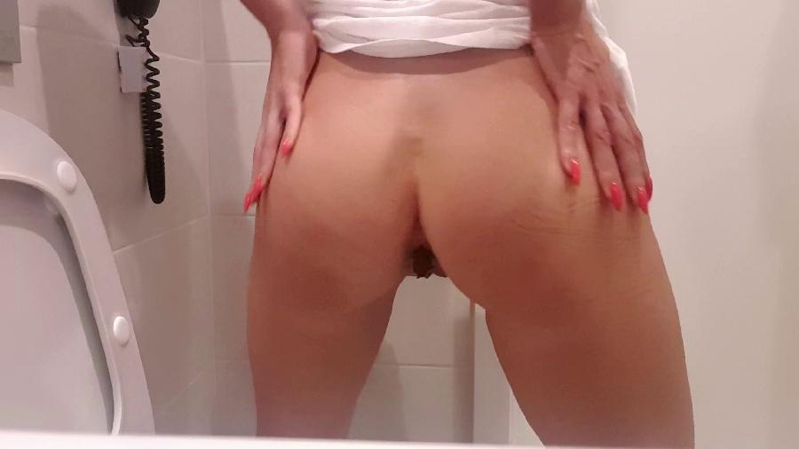 huge holiday shit hd the fart babes